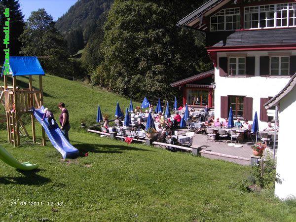 http://bergwandern.schuwi-media.de/galerie/cache/vs_Petersalpe_petersalpe02.jpg