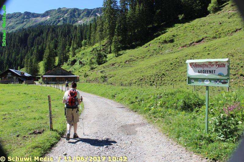 http://bergwandern.schuwi-media.de/galerie/cache/vs_Schwarzwasser%20Huette1_swasserhutte_05.jpg