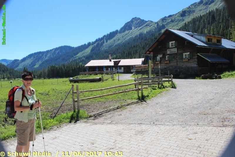 http://bergwandern.schuwi-media.de/galerie/cache/vs_Schwarzwasser%20Huette1_swasserhutte_06.jpg