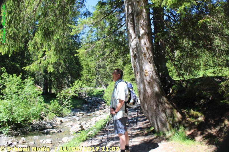http://bergwandern.schuwi-media.de/galerie/cache/vs_Schwarzwasser%20Huette1_swasserhutte_11.jpg