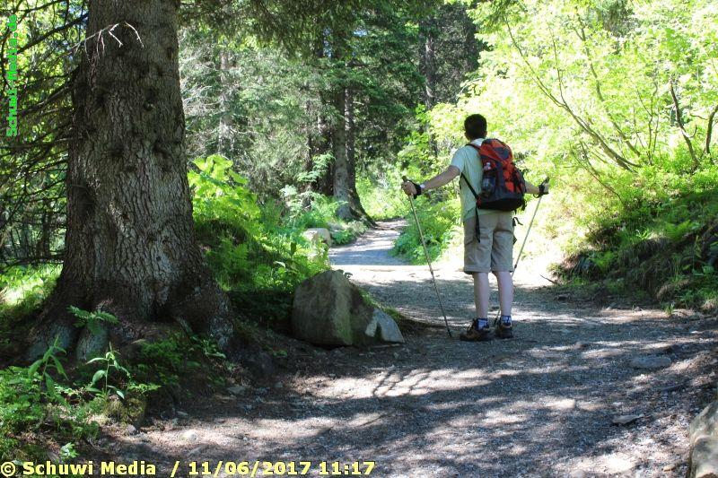 http://bergwandern.schuwi-media.de/galerie/cache/vs_Schwarzwasser%20Huette1_swasserhutte_12.jpg