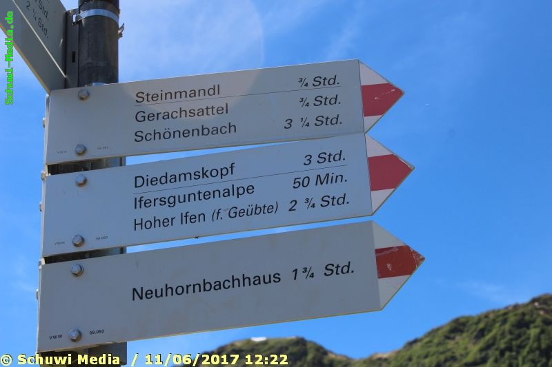 http://bergwandern.schuwi-media.de/galerie/cache/vs_Schwarzwasser%20Huette1_swasserhutte_16.jpg