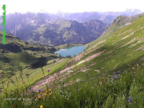 http://bergwandern.schuwi-media.de/galerie/cache/vs_Seealpsee-Gleitweg-Oytal_oy06.jpg