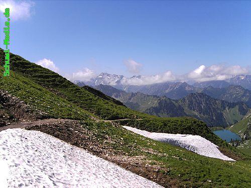 http://bergwandern.schuwi-media.de/galerie/cache/vs_Seealpsee-Gleitweg-Oytal_oy11.jpg