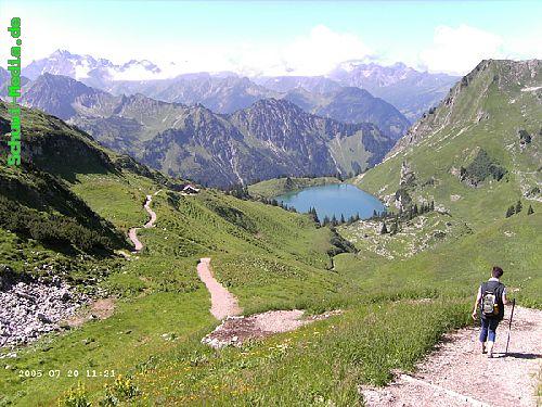 http://bergwandern.schuwi-media.de/galerie/cache/vs_Seealpsee-Gleitweg-Oytal_oy14.jpg