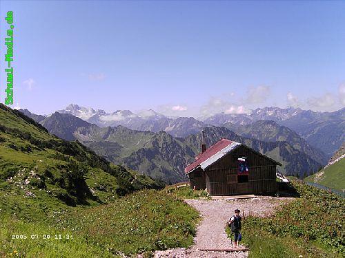 http://bergwandern.schuwi-media.de/galerie/cache/vs_Seealpsee-Gleitweg-Oytal_oy16.jpg