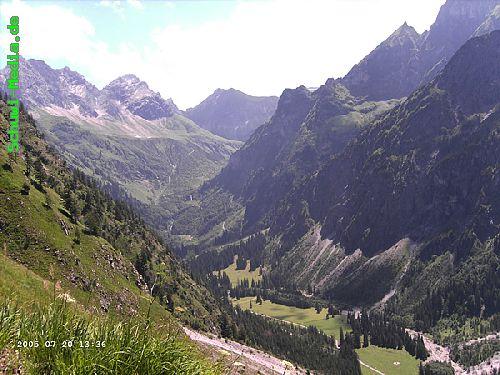 http://bergwandern.schuwi-media.de/galerie/cache/vs_Seealpsee-Gleitweg-Oytal_oy26.jpg