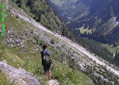 http://bergwandern.schuwi-media.de/galerie/cache/vs_Seealpsee-Gleitweg-Oytal_oy29.jpg