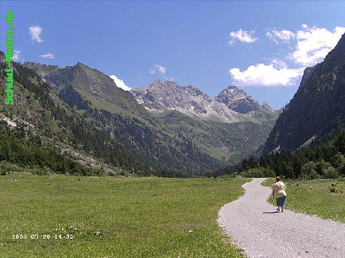 http://bergwandern.schuwi-media.de/galerie/cache/vs_Seealpsee-Gleitweg-Oytal_oy38.jpg