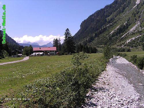 http://bergwandern.schuwi-media.de/galerie/cache/vs_Seealpsee-Gleitweg-Oytal_oy39.jpg